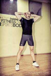 Squat del Prigioniero - Personal Trainer Taranto esecuzione - Lanza Personal Trainer