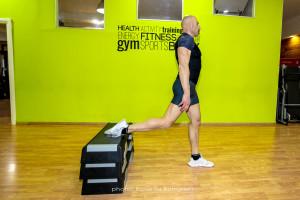 Bulgarian Split Squat inizio - Personal Trainer Taranto - Lanza Personal Trainer - Fitness