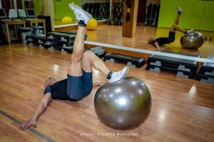 1-Leg Stability Ball Leg Curl - fine - Personal Trainer Taranto - Lanza Personal Trainer - Fitness - Wellness- calisthenics