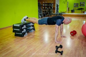 Decline Push up | flessioni Con piedi sollevati | inizio| personal trainer taranto | Lanza personal trainer