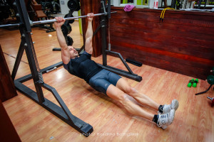 Inverted row - inizio - Personal Trainer Taranto - Lanza Personal trainer